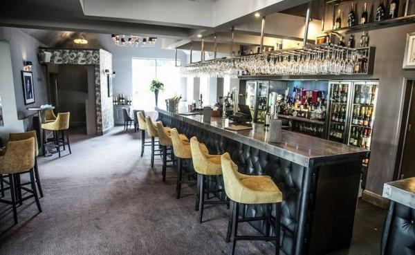 Cómo cuidar la tapicería de tus muebles de hotel o restaurante